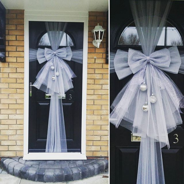 Classic silver double door bow with bauble trio 💎🎀💎_#doorbowsliverpool #doorbow #doorbows #silver