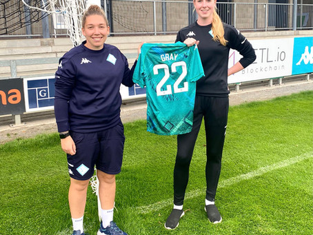 Jessica Grays signs to London City Lionesses First Team