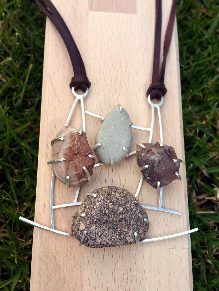 Bassano stones necklace