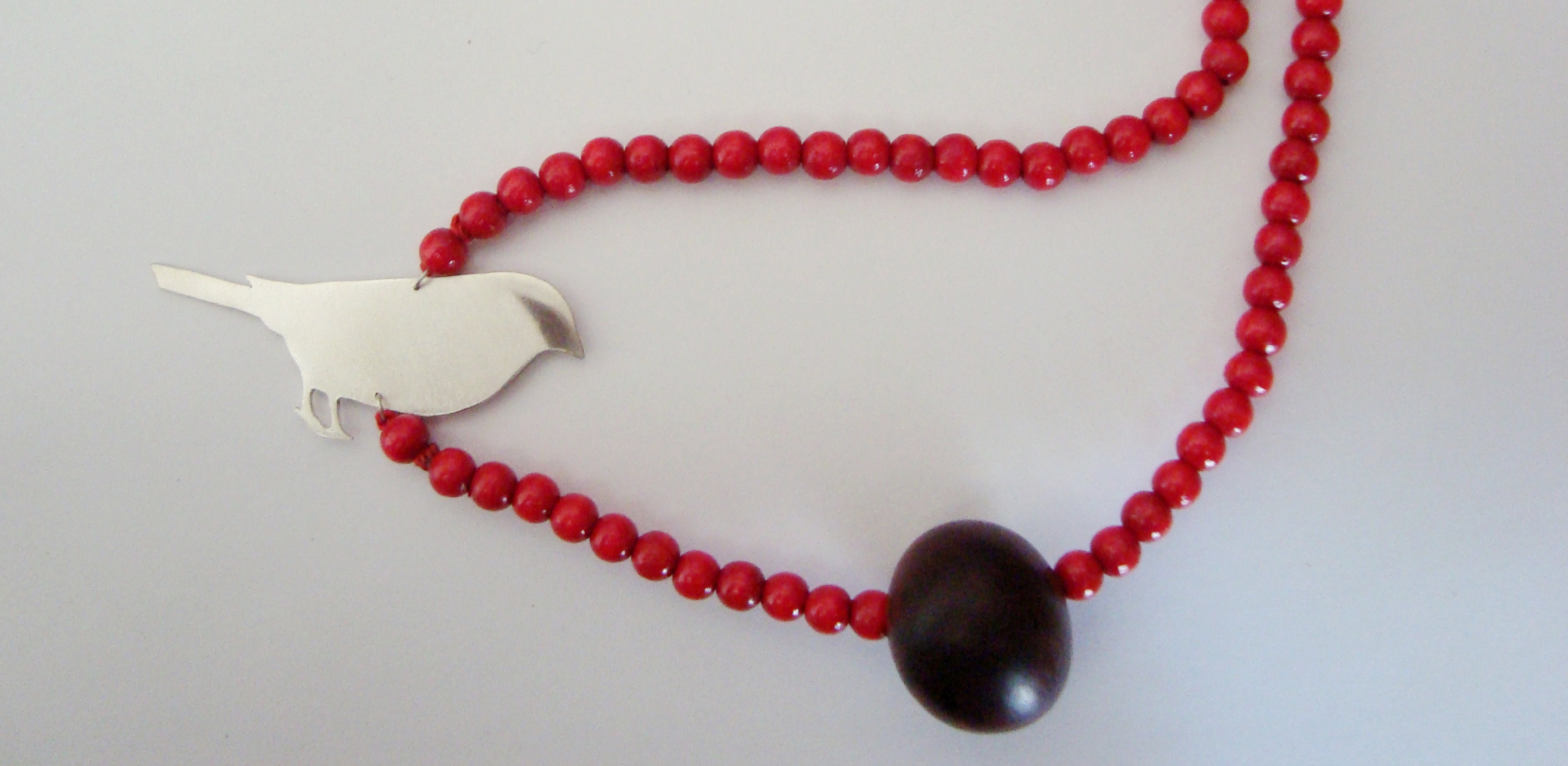 Red Browed Finch & Wooden Beads Necklace