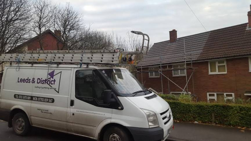Roofing contractors Leeds
