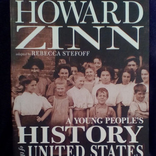 A young peoples history of the united st