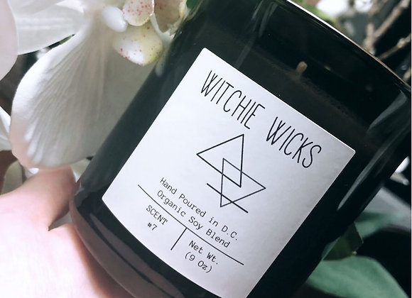 "Soy & Coconut Candle ""Oak & Sandalwood"" / Witchie Wicks Candle Co."