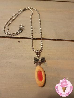 Collier biscuit fraise