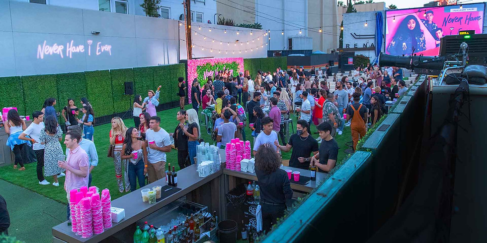 Saviar's Summer Never Ends Day Party!