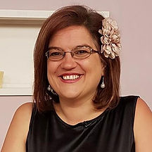 CraftyMonkies quilting tutor Sarah Payne published author Sarah Payne's Quilt School