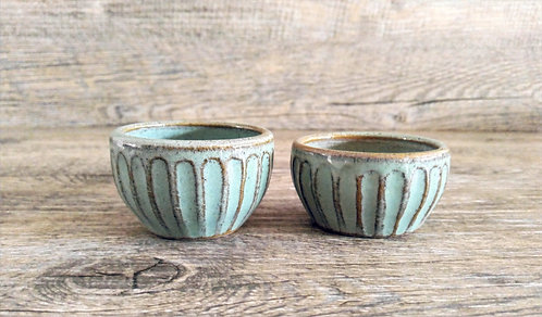 handmade ceramic salt and pepper pinch pots by Miller's Pottery Australia