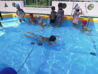プール活動とお誕生者♪