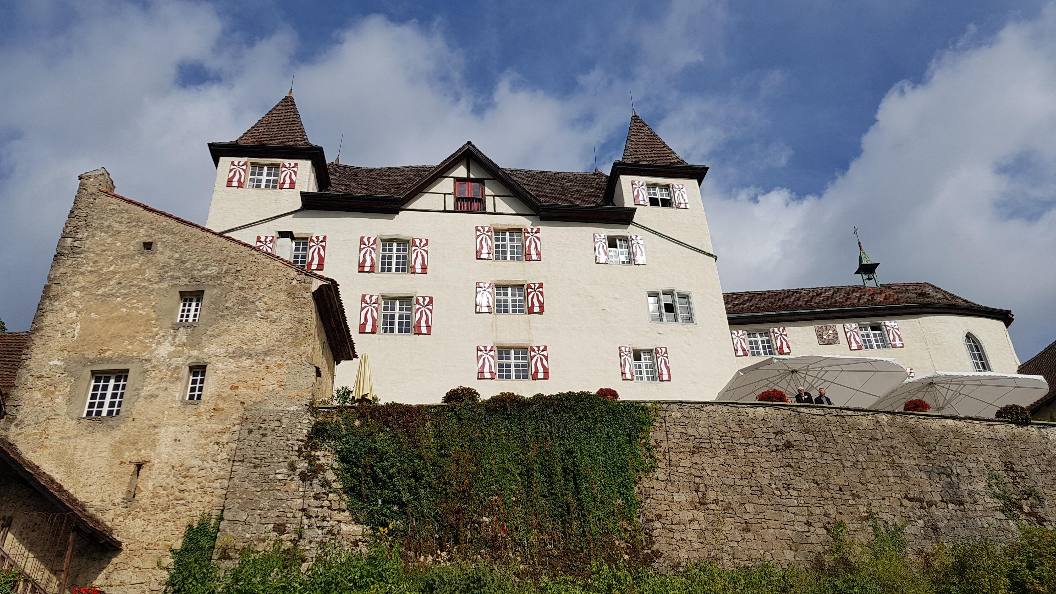 Schloss Wartenfels oberh. Lostorf SO