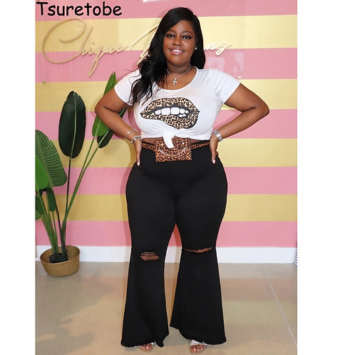 Tsuretobe Plus Size Ripped Jeans for Women Mom Jeans High Waist Flare Jeans