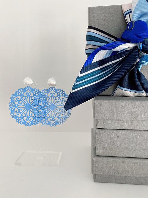 """""""Orientalische Blätter"""" aus Edelmetall, kornblumenblau"""