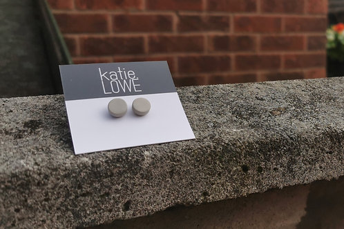 circle pale grey stud earrings.
