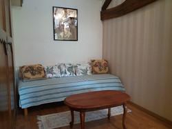 841 chambre petit lit