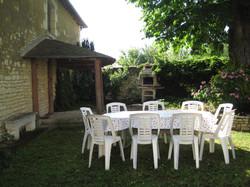 867 barbecue salon de jardin