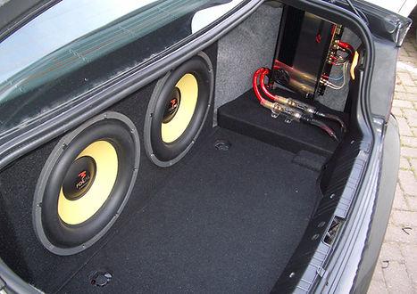 BMW Kofferraum Einbau.jpg