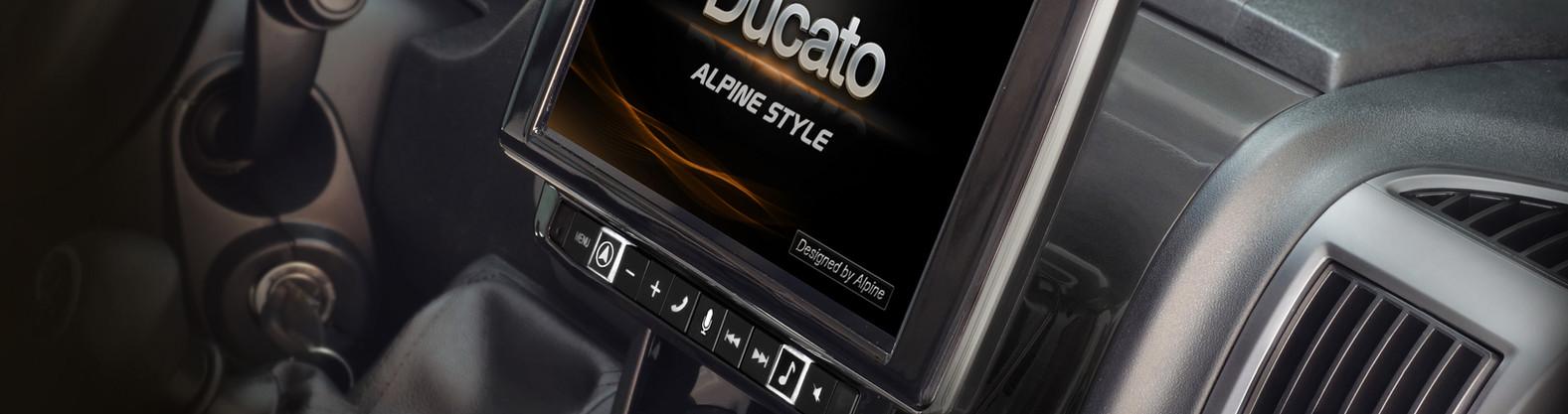 Alpine X902D-DU montiert.jpg