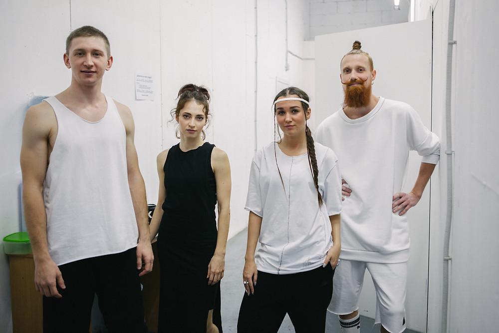 Спонтанная Хореография. Участники в одежде Марты Брижан. Фото Алиса Морозова