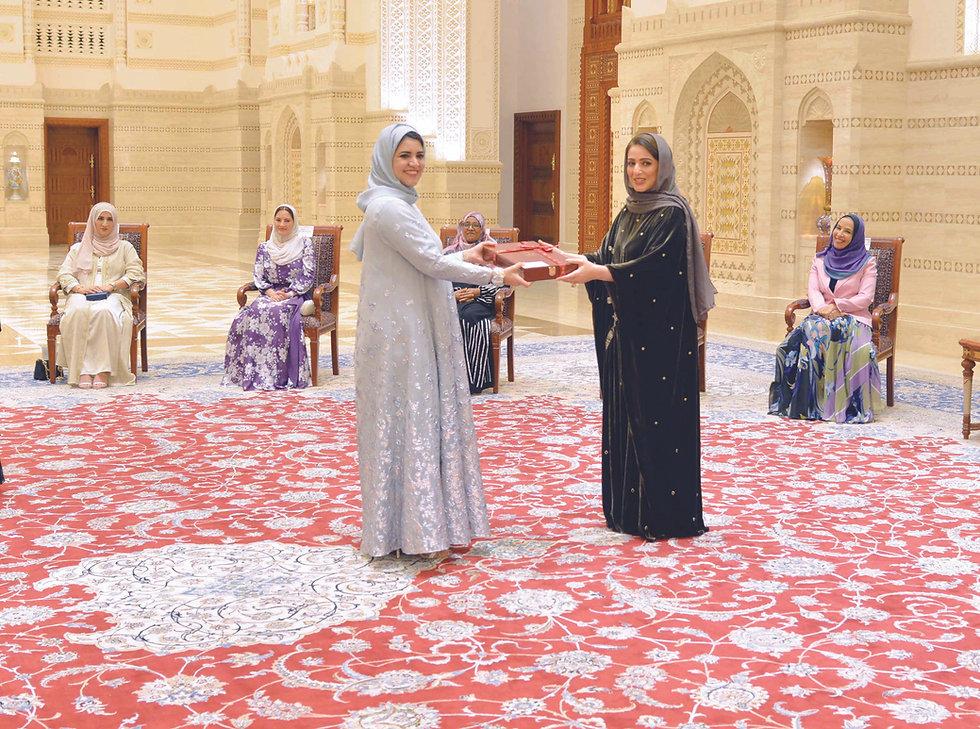 تكريم الدكتورة لمياء الحاج.jpg