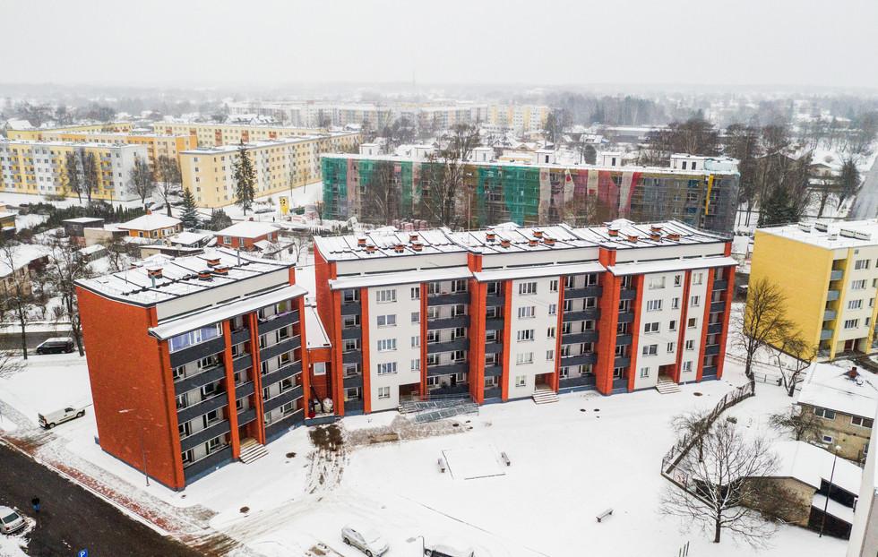 Beātes iela, Valmiera, Latvija. Daudzdzīvokļu ēku renovācija