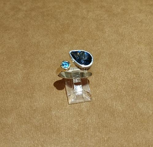 Dark Blue & Light Blue Topaz Ring