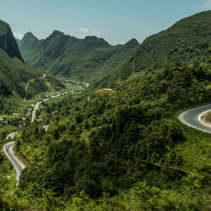 Curvy Ha Giang Loop