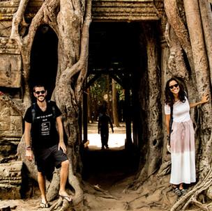 Wondering around Angkor Wat complex.