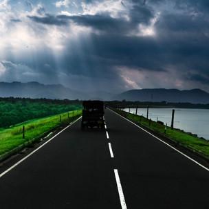 Road to Udawalawe National Park.