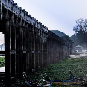 Off-season U-bein bridge.