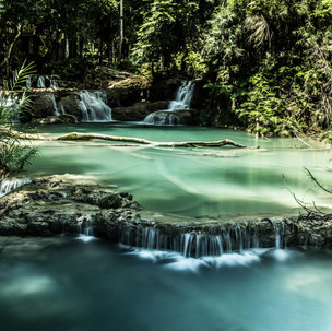 Stunning waterfalls.