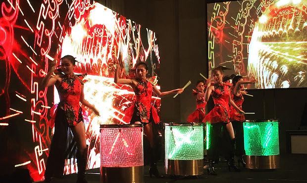 CEM - LED drum dance 01 - Hands Kiosk Ev