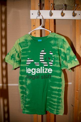 legalize bleach front.png