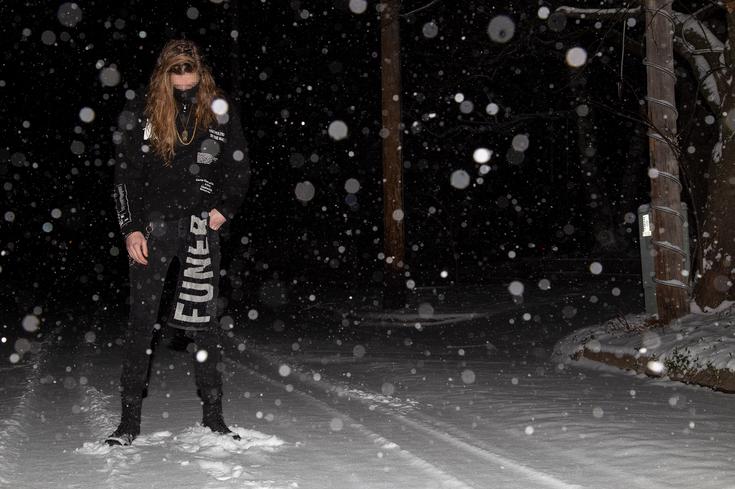 3(black snow).png
