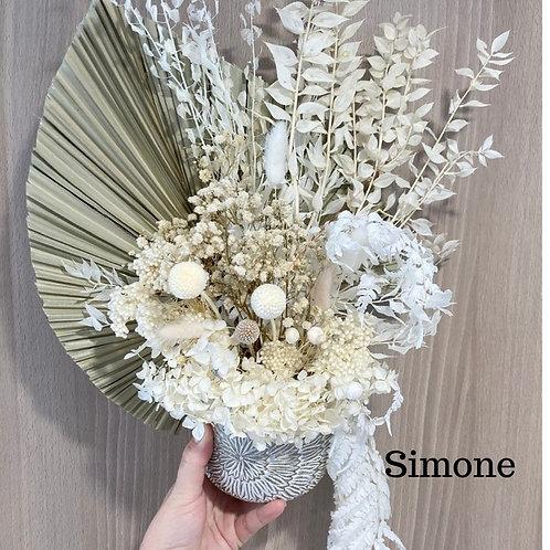 Simone Dried Flower Arrangement