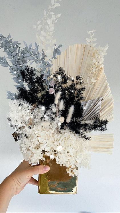 Charlie Dried Flower Arrangement