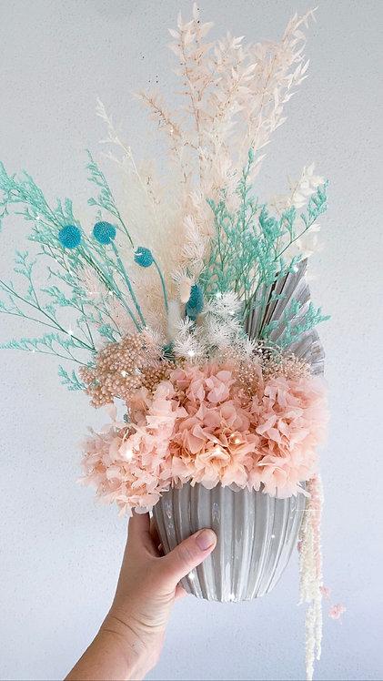 Evie Dried Flower Arrangement