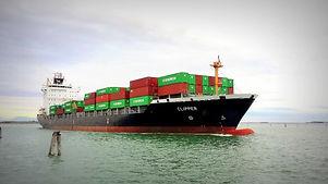 ship_merchant_port_freighter_cargo_ship_porto_container_sea-917014.jpg
