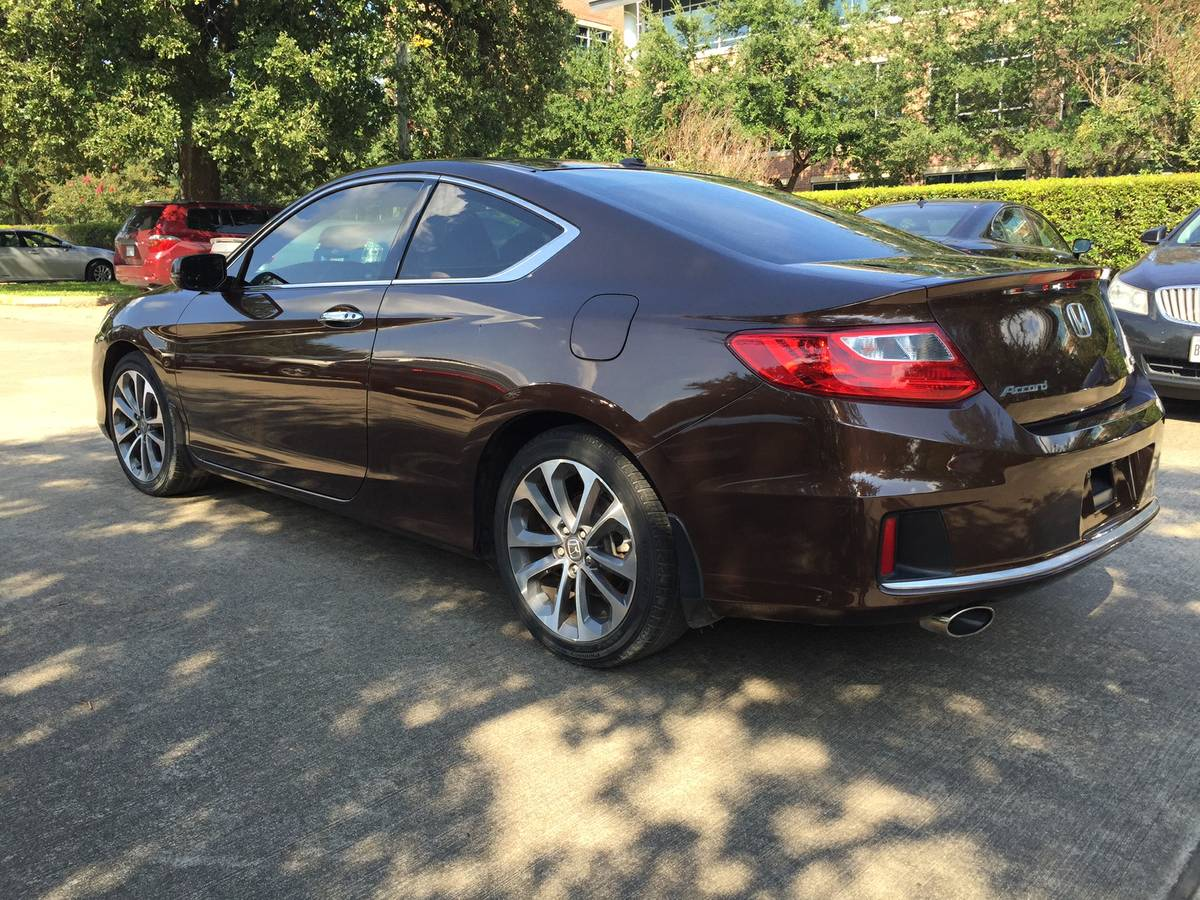 honda_accord_coupe_2013_brown_1 (6)