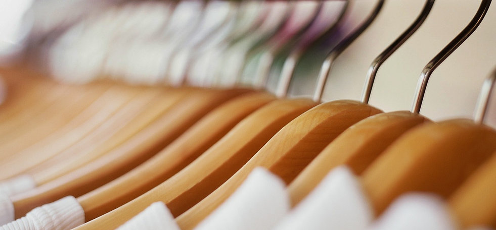 Clothes%20Hangers_edited.jpg