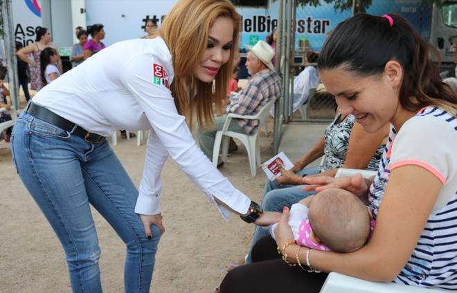 LLEVA PAOLA GÁRATE SU CENTRO DE APOYO POPULAR A SINDICATURAS DE CULIACÁN