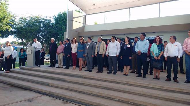 Beneficia Ayuntamiento de Ahome a la UPES con pavimentación de calles.