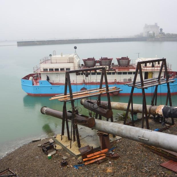 Плавучую насосную станцию Водоканала подключили к городской сети