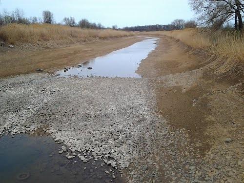 В оросительный канал начался сброс воды из Цимлянского водохранилища