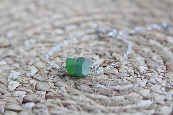 Green Tones Cluster Bracelet