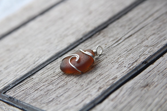 Brown Signature Wave Necklace