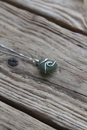 Dark Green Wave Necklace