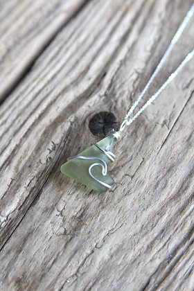 Light Lime Green Signature Wave Necklace