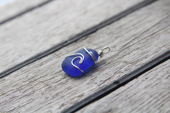 Chunky Cobalt Blue Signature Wave Necklace