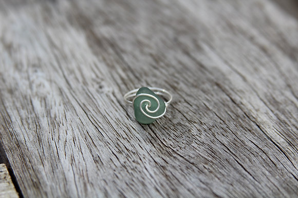 Dark Seafoam Spiral Ring