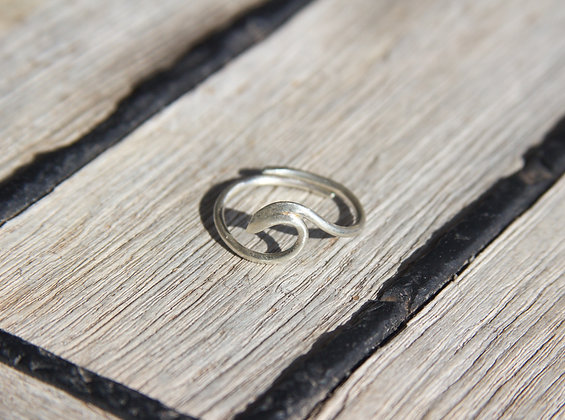 Adjustable Wave Ring