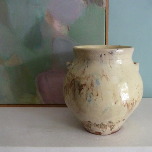 Marbled jar